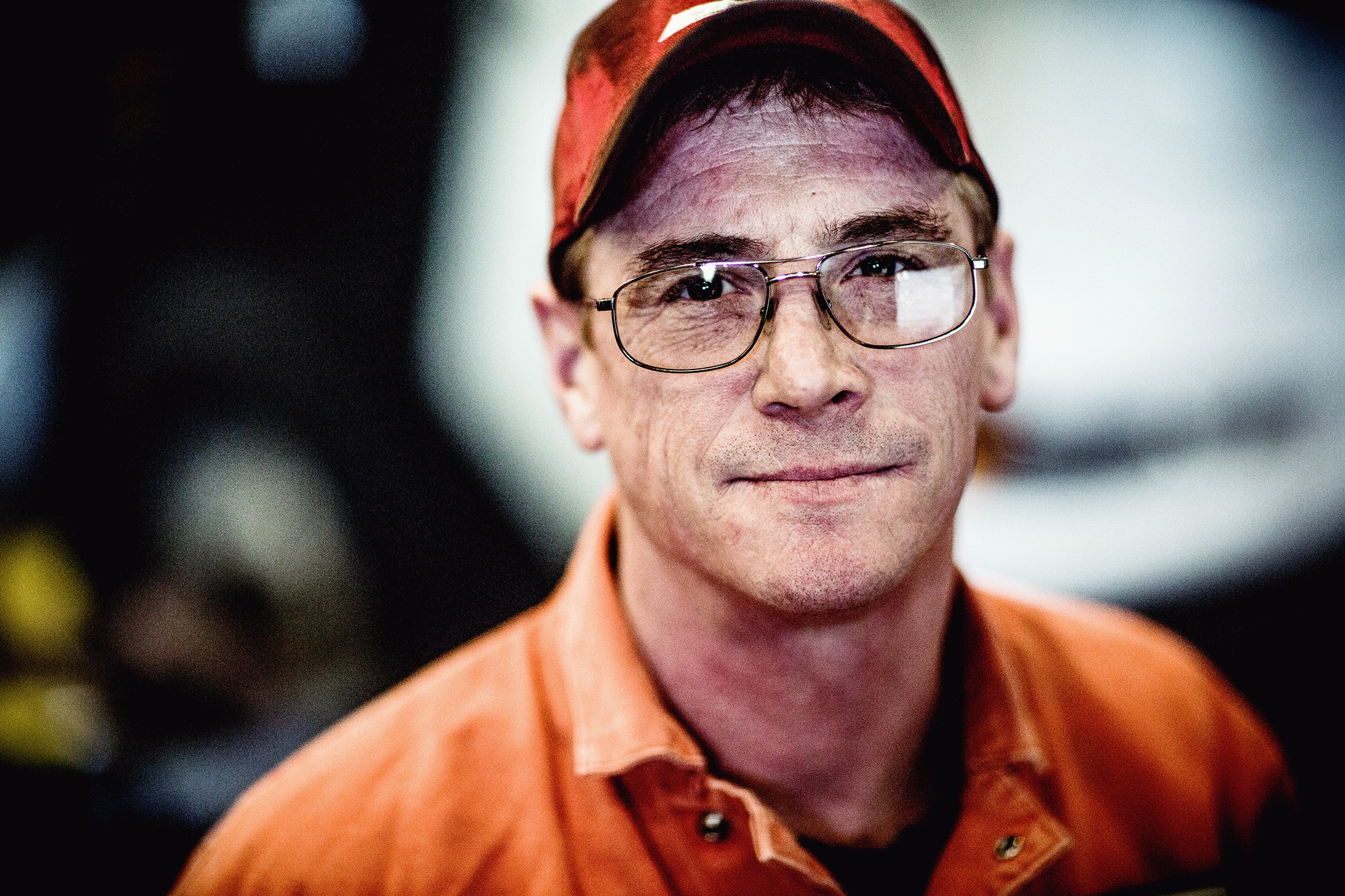 Mike Kane | Truck mechanic for Waste Management | Seattle documentary, editorial, and commercial photography