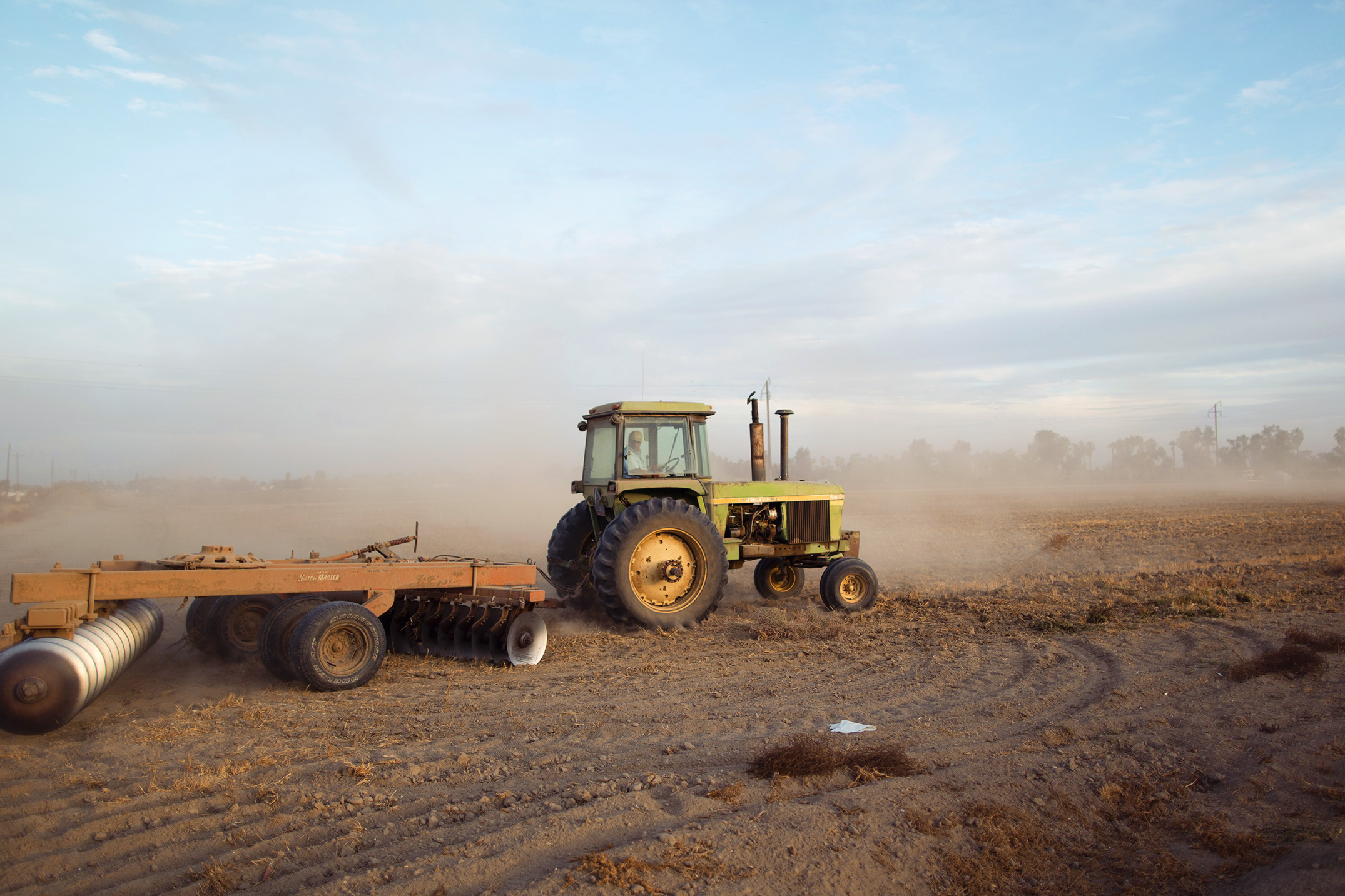 Mike Kane | Central Valley tractor | Seattle documentary, editorial, and commercial photography